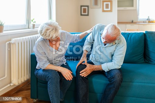 istock Senior man with knee arthritis 1207784805
