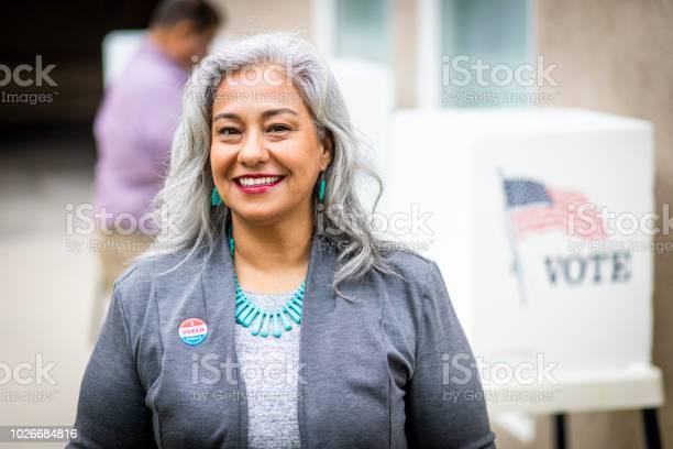 Senior mexican woman voting picture id1026684816?b=1&k=6&m=1026684816&s=612x612&h=wmrce4q3n0dvume7pye9ri6jntdofmei 2fzipiix3s=