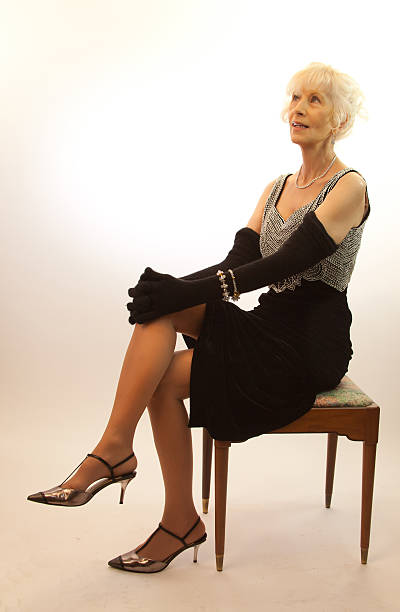 Pictures of mature women in pantyhose
