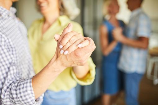 Senior People Slow Dancing Closeup - zdjęcia stockowe i więcej obrazów Aktywni seniorzy