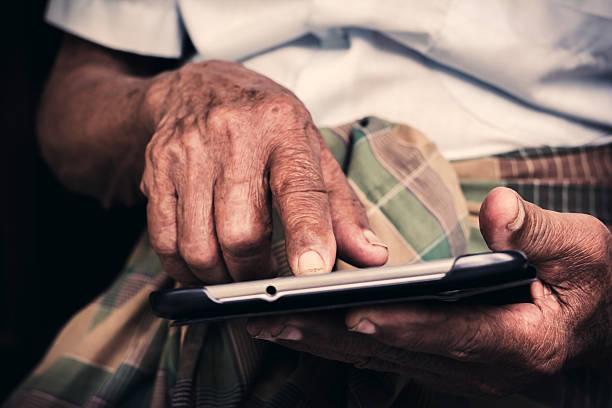 senior spielen tablet – Foto