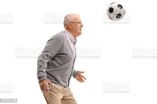 Senior playing with a football picture id915237208?b=1&k=6&m=915237208&s=612x612&h=r  ykrrh8gcnfiifs3zb xumm 8kalomnv1orbeox2y=