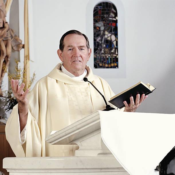 Senior priest giving sermon, portrait  pulpit stock pictures, royalty-free photos & images