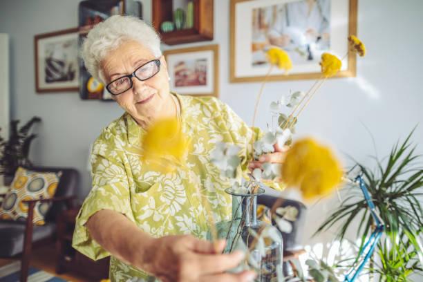 Senior woman at home picture id1145458440?b=1&k=6&m=1145458440&s=612x612&w=0&h=9gwox8w2pn ocpnebfdb0q0lp8ly1dbelnxhdxchf5a=