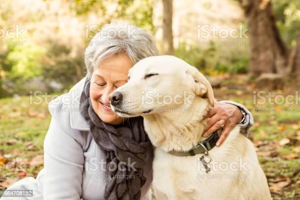 Senior woman in the park picture id664708182?b=1&k=6&m=664708182&s=612x612&h=mthzl7p4 5xux5ipcoks0mtrjt qtpz0jcndqbrwztm=