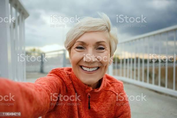 Senior woman making a selfie before jogging picture id1150494210?b=1&k=6&m=1150494210&s=612x612&h=yzvxt66bcedrw iqjkk2se8neqj5n 3 18 itcg rxi=