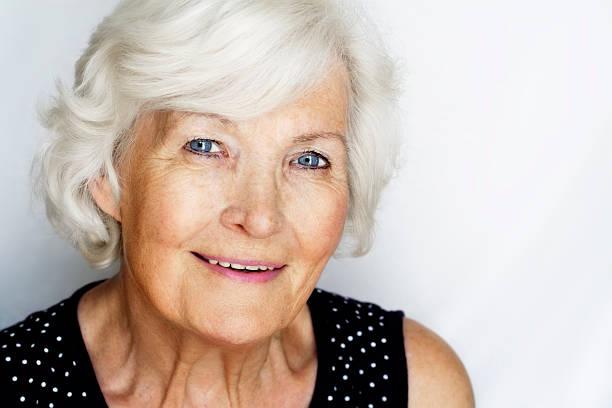 portrait de femme Senior - Photo