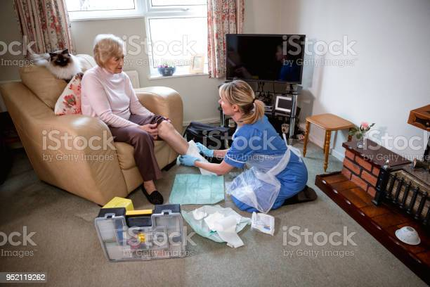 Senior woman receives medical care at home picture id952119262?b=1&k=6&m=952119262&s=612x612&h=otcm7ltfl3lgwkod64qyoe v2yh0mrgrrbrp3xy8z08=
