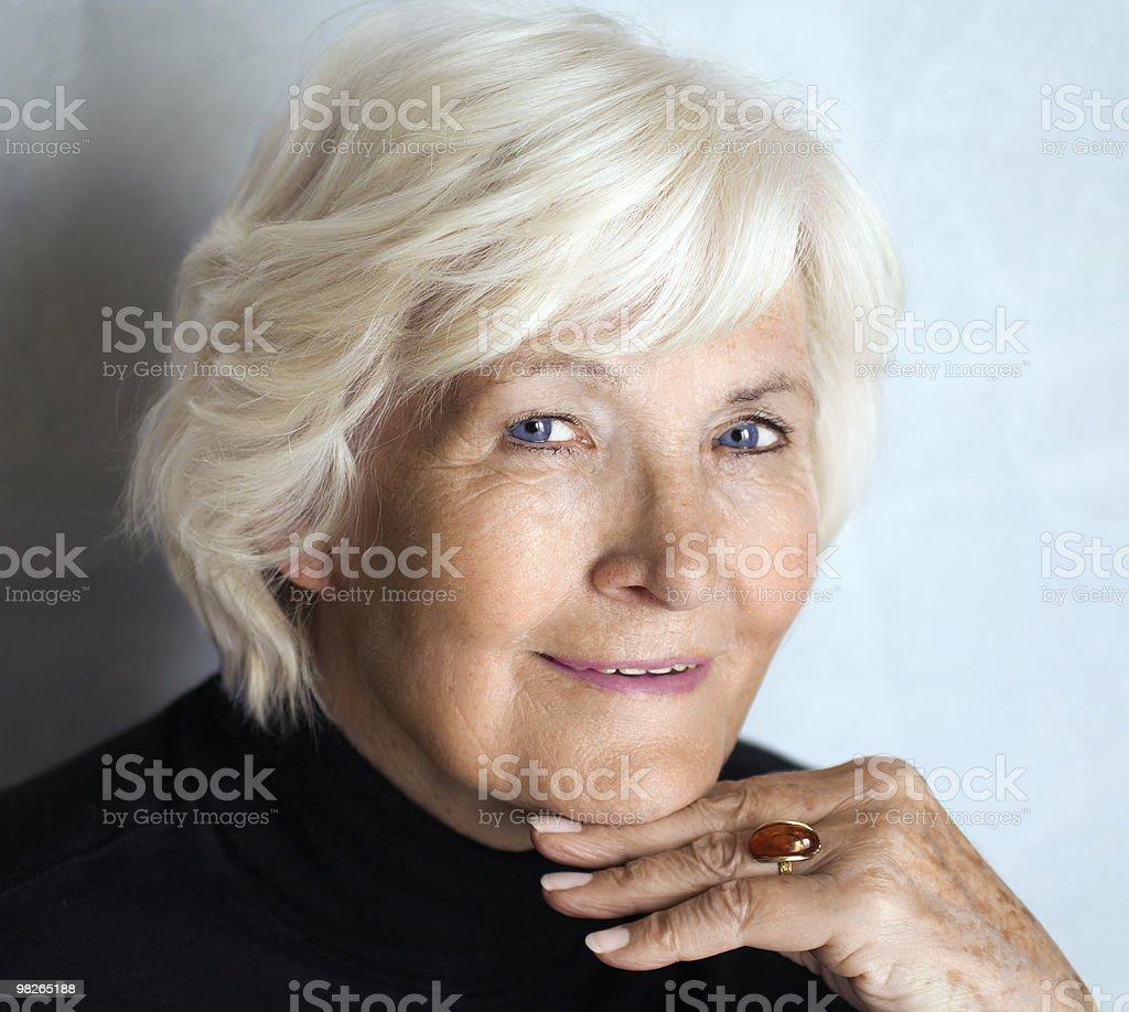 웃는 여자 노인 royalty-free 스톡 사진