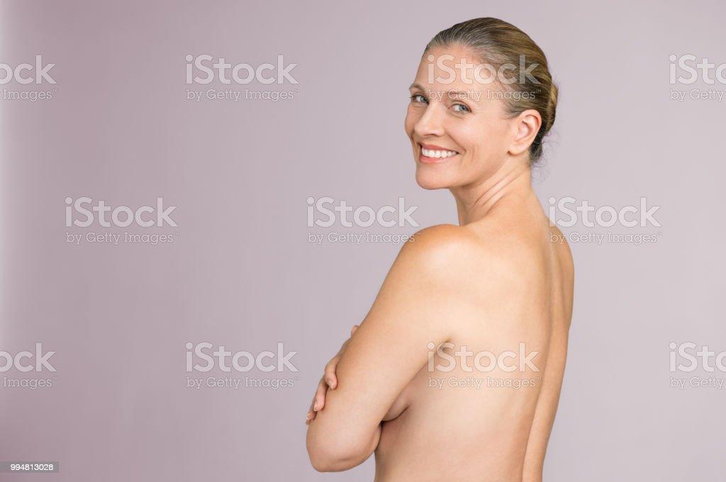 Ältere attraktive frauen nackt