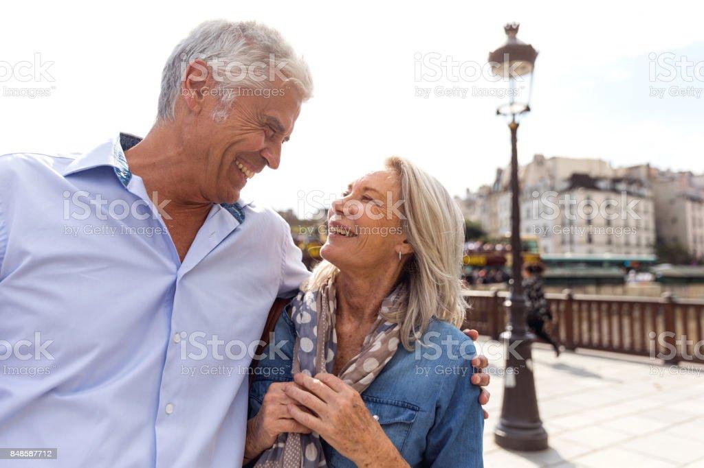 Personnes âgées, prise sur le monde - Photo