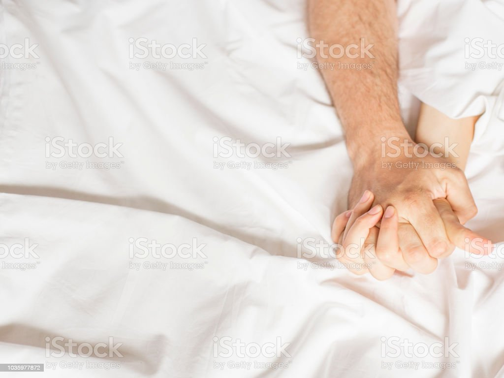 Mit Junges Sex Bett Paar Junges Paar