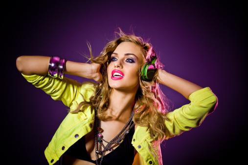 149411010 istock photo Sensual disco girl 155350932