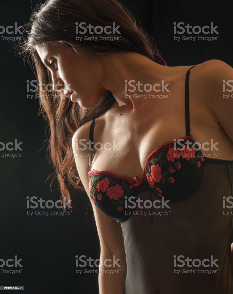 Sensuell kvinna i underkläder royaltyfri bildbanksbilder