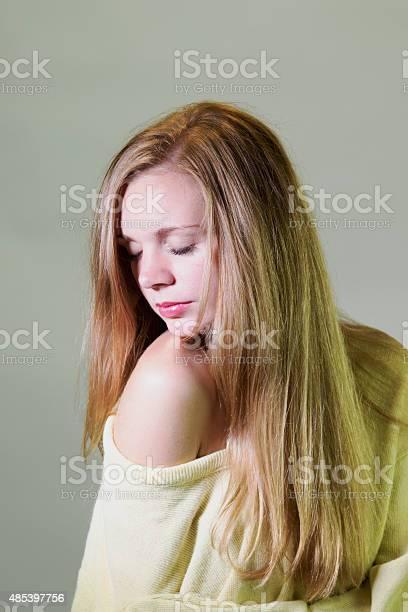 russian girl uses vibrator