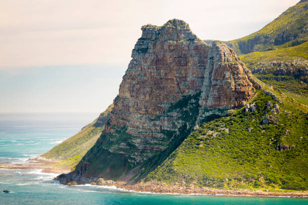 Sentinel Peak Hout Bay Sentinel peak in Hout Bay near Cape Town, South Africa hout stock pictures, royalty-free photos & images