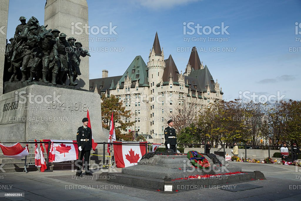 Sentries stand guard at Ottawa Cenotaph stock photo