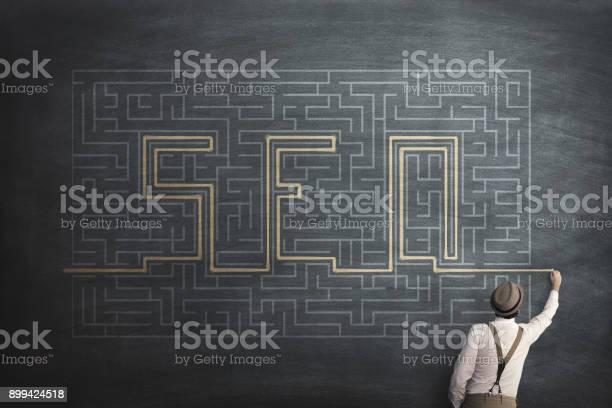 Seo search engine optimization web enigma labyrint hsolution picture id899424518?b=1&k=6&m=899424518&s=612x612&h=kzyliyiycenbqo5m5xcnzfilkqkbhejkj2usrqh2h3k=