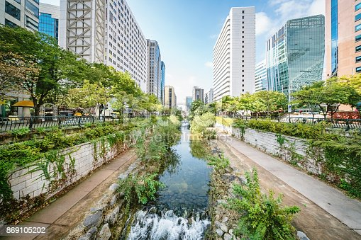 Cheonggyecheon Stream Downtown Seoul, an 11 km long, modern public recreation space in downtown Seoul, South Korea.