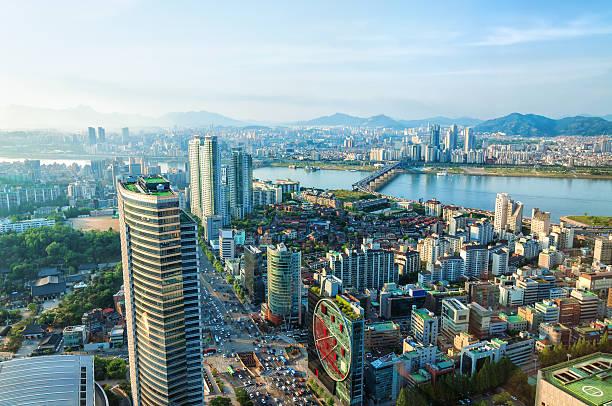 ソウルの街並み - 韓国 ストックフォトと画像