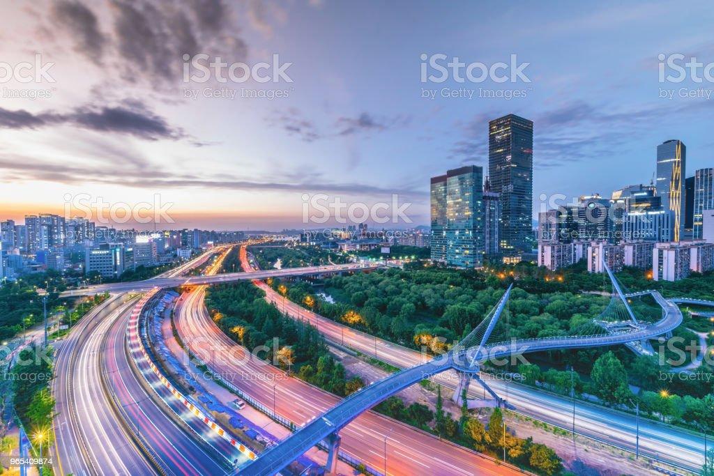首爾夜景, 韓國 - 免版稅交通圖庫照片