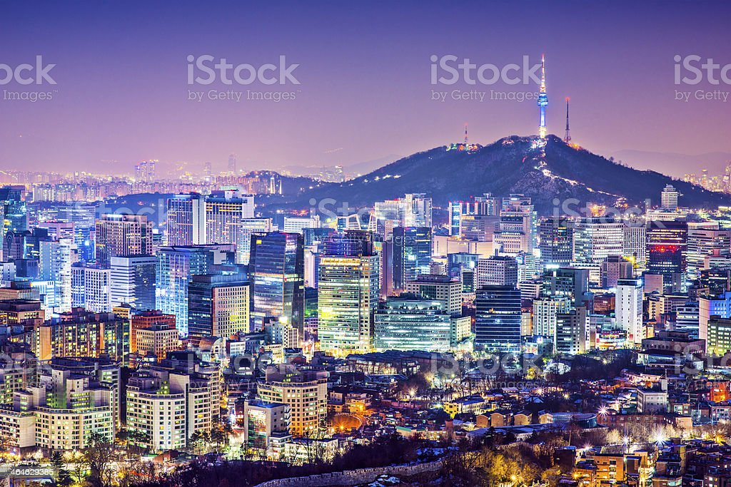 ソウルの街並み - Nソウルタワーのロイヤリティフリーストックフォト