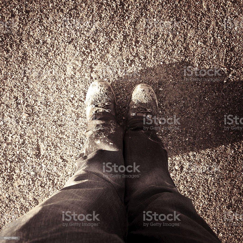 Sepia Bild von Schuh sandy ground – Foto
