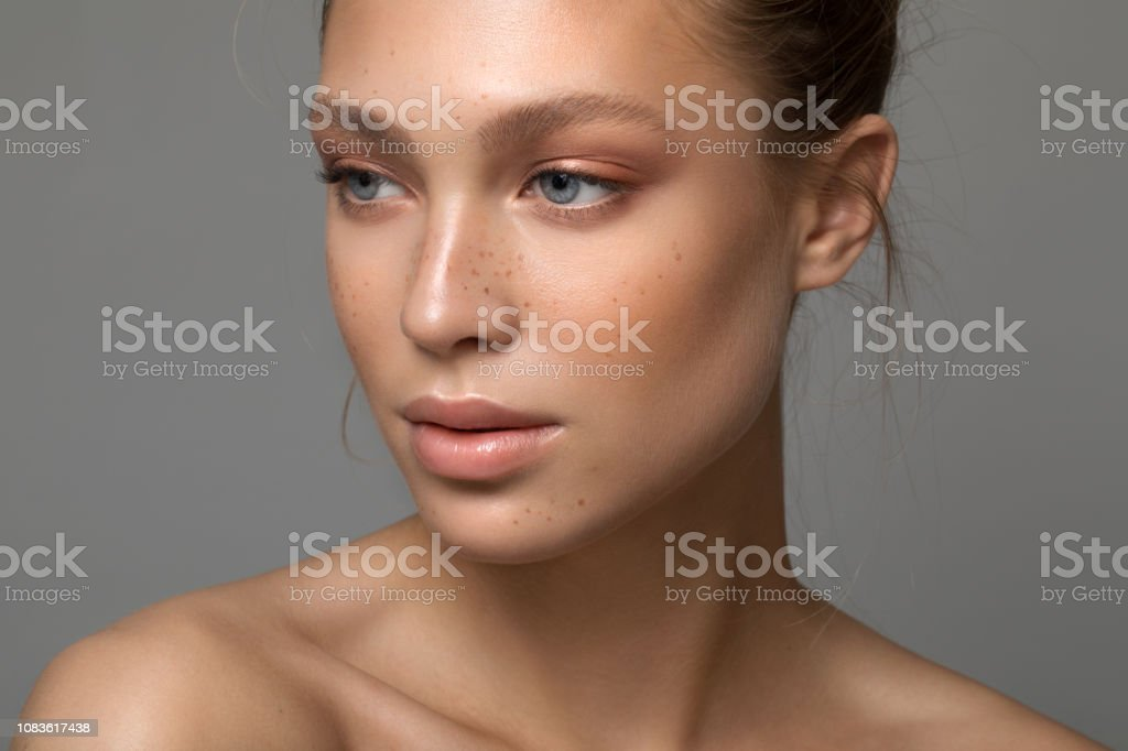 Serene schoonheid - Royalty-free 18-19 jaar Stockfoto