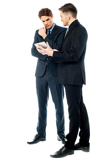 Ernsthafte Debatte zwischen Unternehmen – Foto
