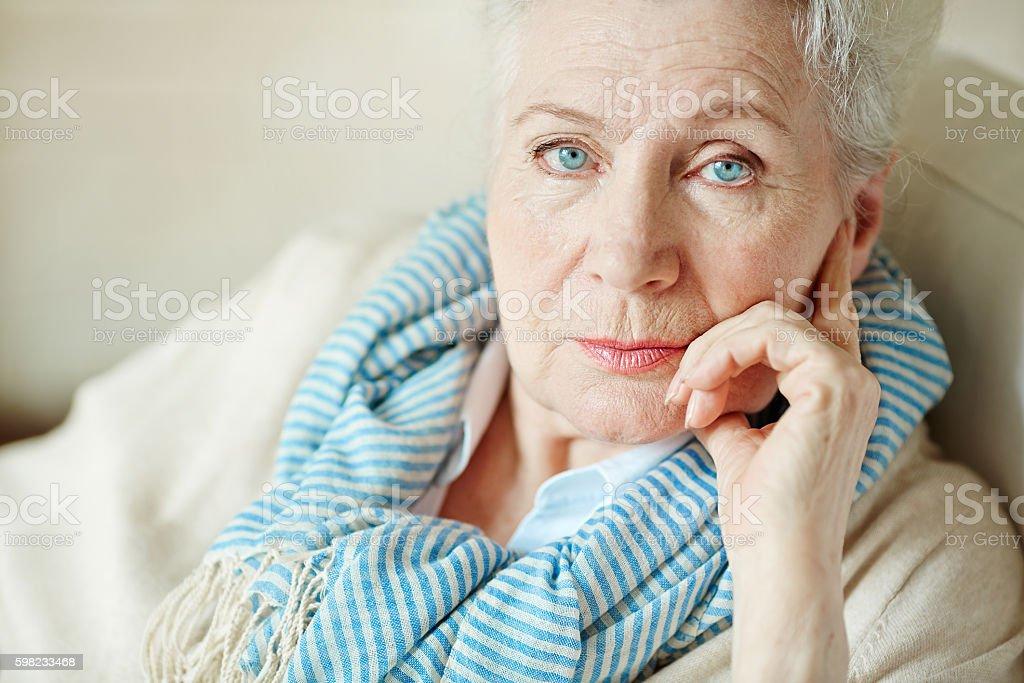 Serious granny foto royalty-free