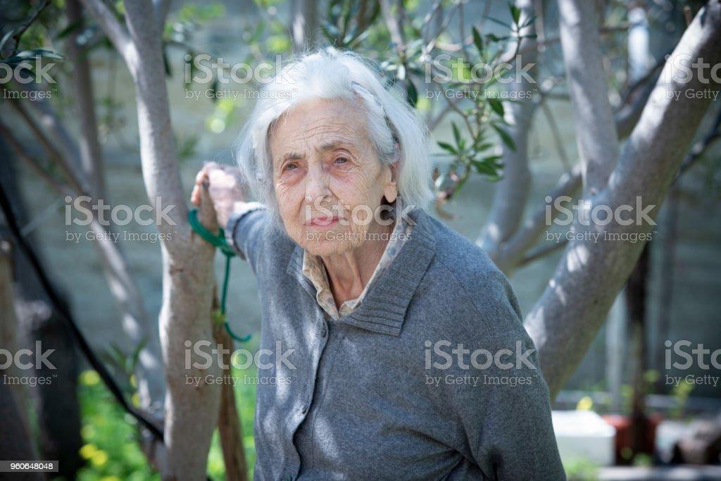Serious senior woman - foto stock