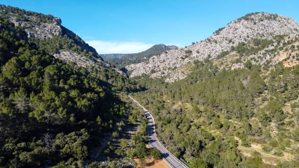 serra de tramuntana - aerial view - pbsm fotografías e imágenes de stock
