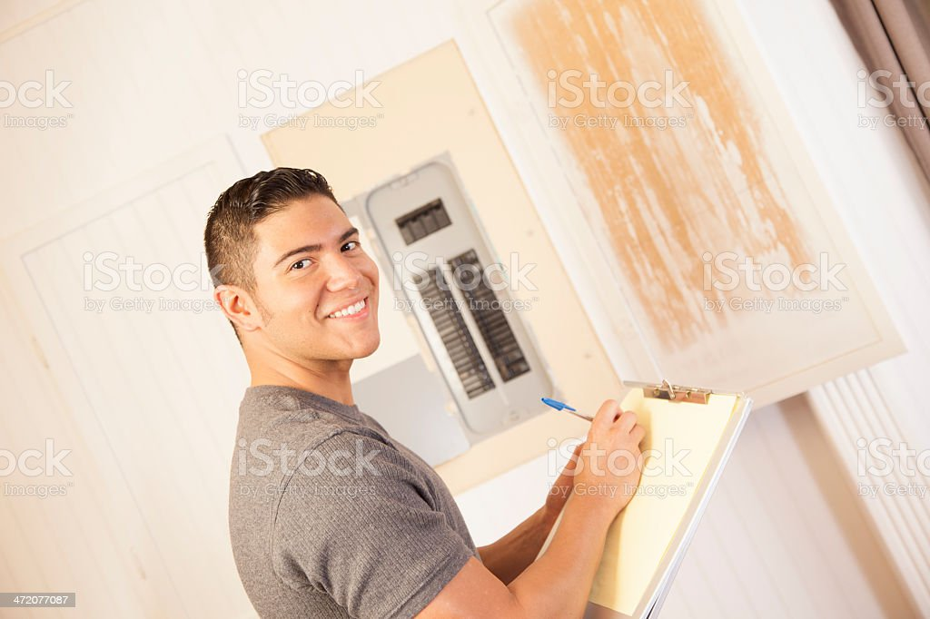 Latin electrician writes up an estimate for repairing a circuit...