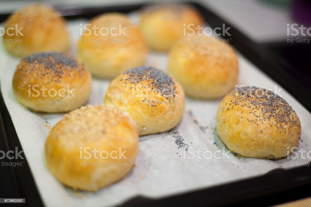 Sesame seeds buns and poppy seed buns - foto stock