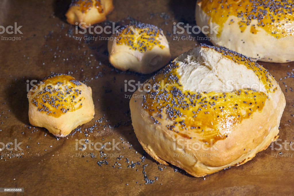 Sesame seeds buns with shapes, stars, pine trees, ginger man..  homemade - foto stock