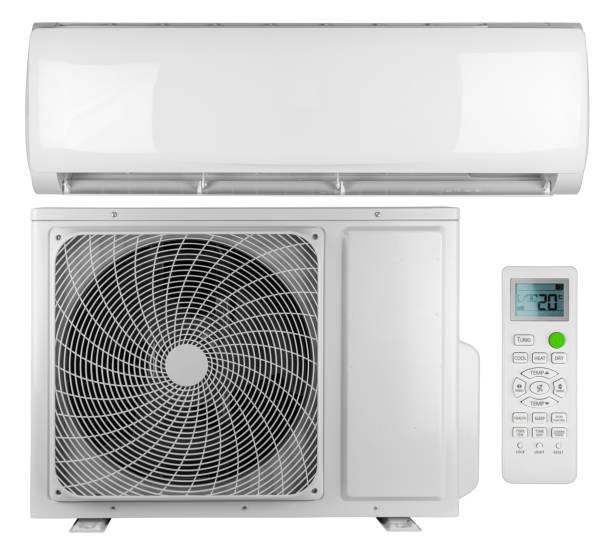 Set Sammlung von Klimaanlage ac Inverter Wärmepumpe Mini Split-System mit Innen-Außeneinheit und Fernbedienung isoliert weißen Hintergrund – Foto