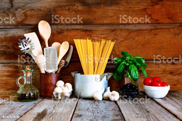Set for italian pasta on a wooden background picture id874257878?b=1&k=6&m=874257878&s=612x612&h=ni3zlnpocooehdpn 77msubeekbee4tw z9xsisj2du=