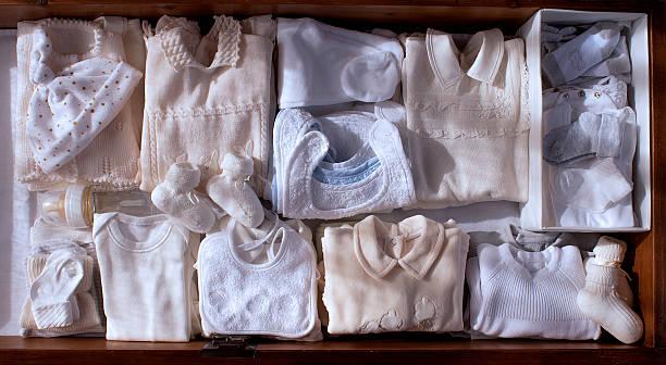 set für Babys, die in warmen Tönen – Foto