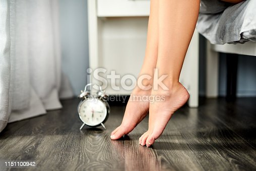 istock Set goals worth getting out of bed for 1151100942