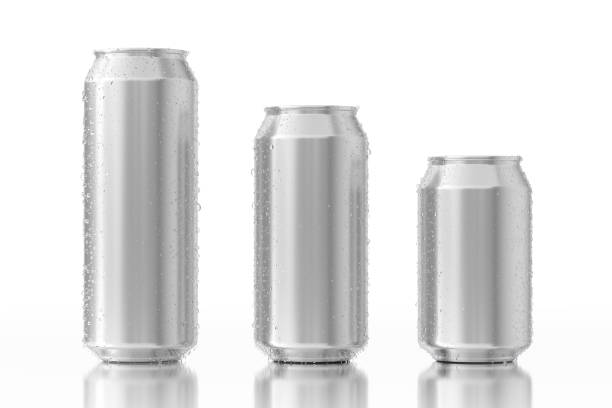 set of blank aluminum cans with water drops. 3d rendering - alluminio foto e immagini stock