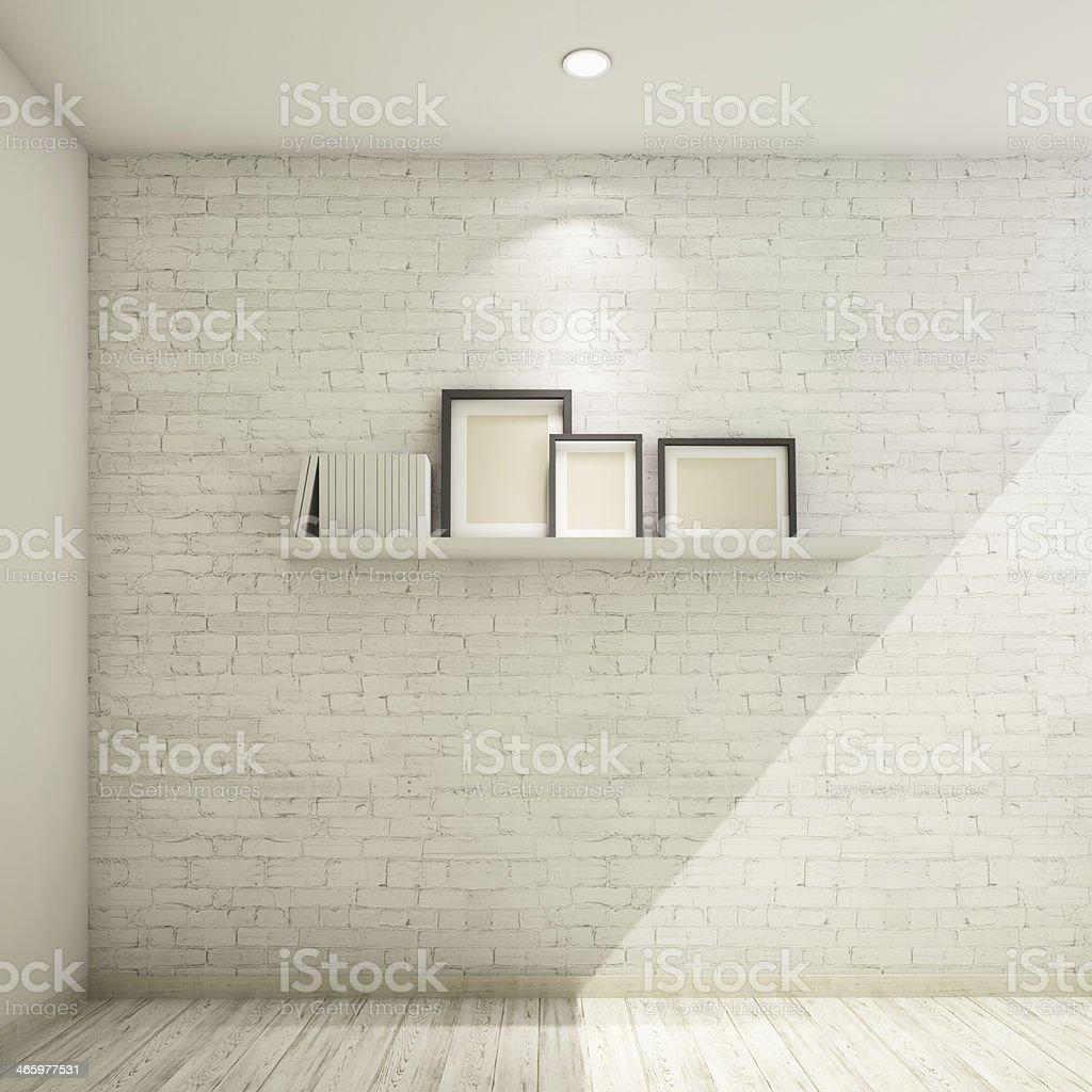 bilderrahmen auf regal gegen eine weiße wand - stockfoto | istock