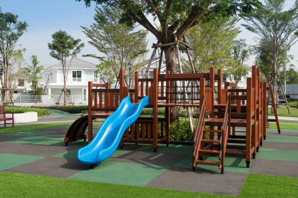 satz von kinderspielplatz - spielplatz design stock-fotos und bilder
