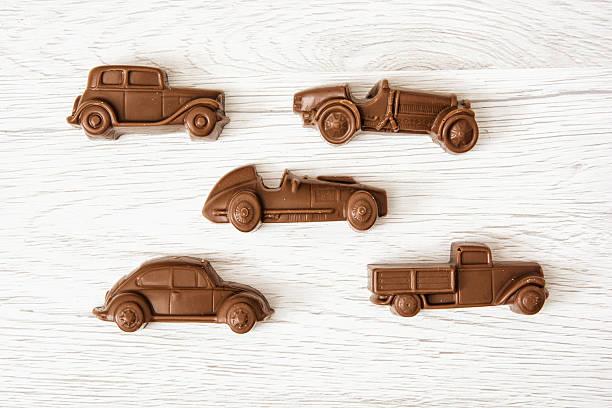 세트마다 초콜릿 자동차모드 그림 나무 배경기술 스톡 사진