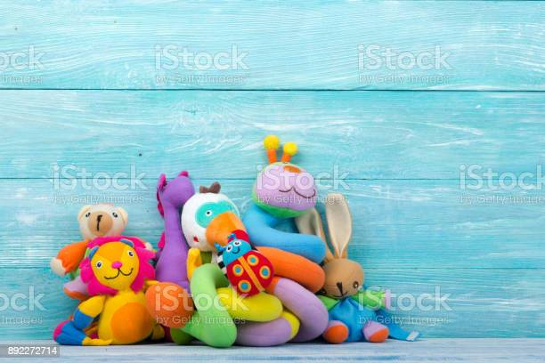Set of colorful kids toys frame copy space for text picture id892272714?b=1&k=6&m=892272714&s=612x612&h=uhmjtkqjatk02aix5lb8mxrydw6tx3mrlcqu qn2yj4=