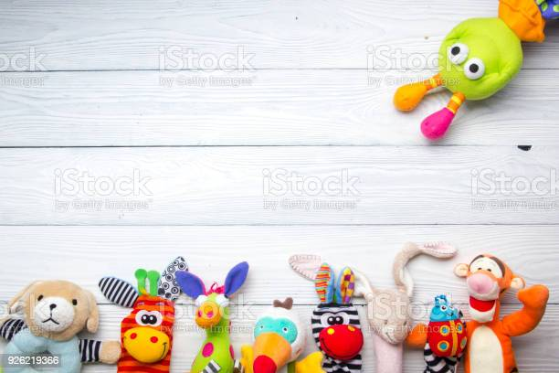 Set of colorful kids toys frame copy space for text picture id926219366?b=1&k=6&m=926219366&s=612x612&h=vklxy581fxkfhm6it dscseru mjrvqnlg oryw frw=