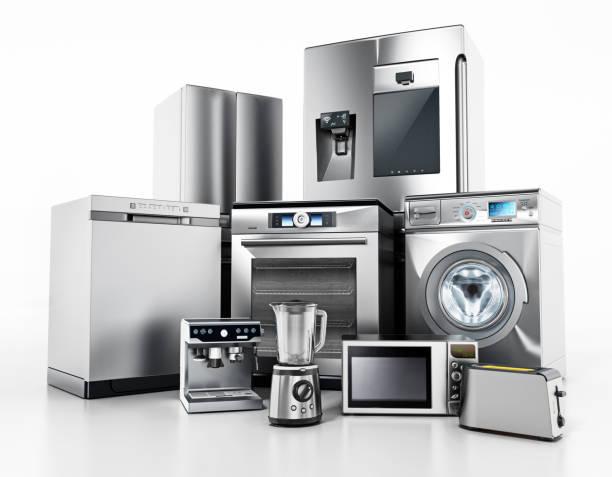 zestaw współczesnych urządzeń gospodarstwa domowego izolowanych na białym - przemysł elektroniczny zdjęcia i obrazy z banku zdjęć