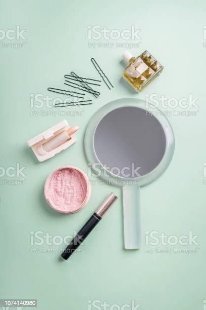 Set of decorative cosmetic picture id1074140980?b=1&k=6&m=1074140980&s=612x612&h=tu4xkdwnehj2hbrqzd4v0losqq9s t0 ghzlbp0m644=