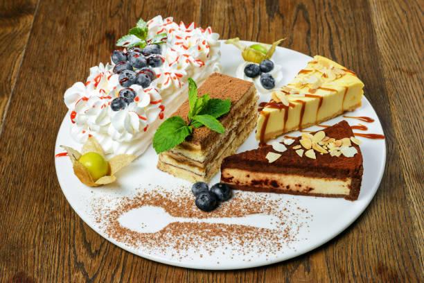 satz von desserts - low carb kekse stock-fotos und bilder