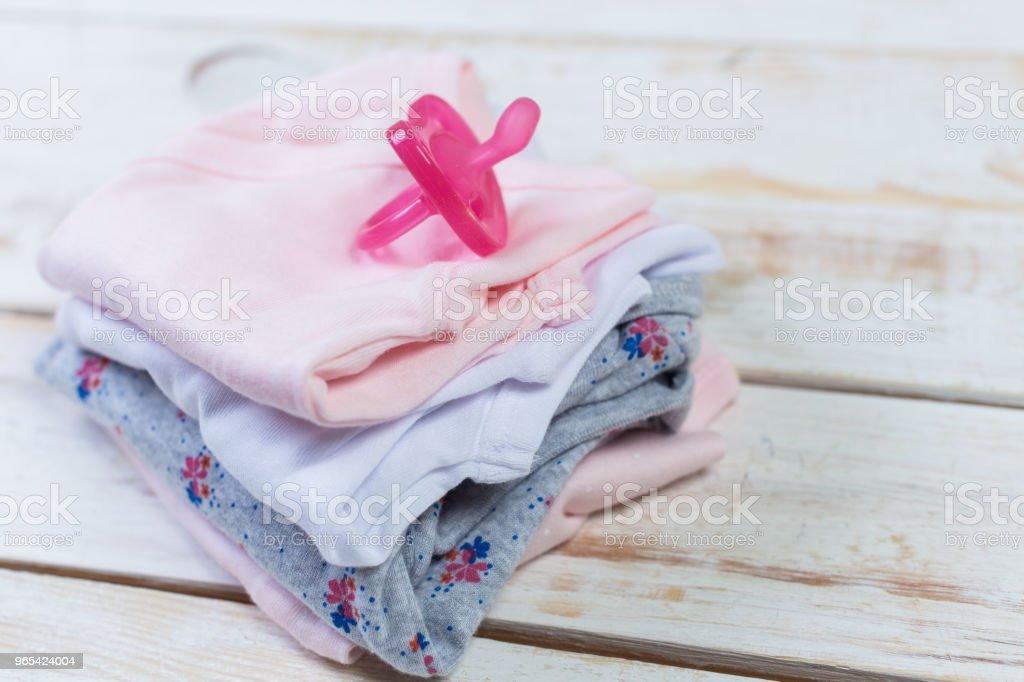 conjunto de roupas da moda moda e coisas de crianças para a garotinha - Foto de stock de Algodão - Material Têxtil royalty-free
