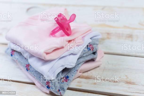 Foto de Conjunto De Roupas Da Moda Moda E Coisas De Crianças Para A Garotinha e mais fotos de stock de Algodão - Material Têxtil